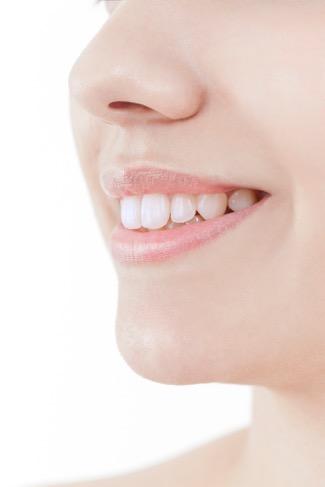 歯が変色する理由